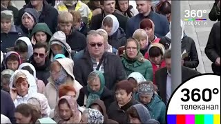 К мощам Спиридона Тримифунтского в Москве выстроилась очередь из сотен верующих