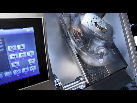 Hartdrehen und Schleifen von Wellen und Futter-Komponenten - DVS Universal Grinding