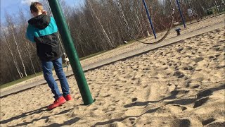 KID FALLS OFF SWING AND BREAKS HIS LEG ( 911 CALLED)