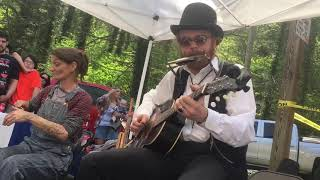 Chris Rodrigues and Abby the Spoon Lady Take on Classic Blues