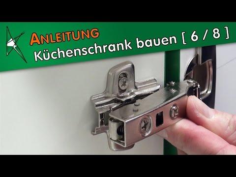 Küchenunterschrank bauen [ 6 / 8 ] - Topfscharniere und Kreuzmontageplatten montieren
