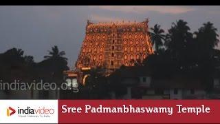 A hundred thousand lights at Sree Padmanabhaswamy Temple