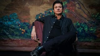 Steve Perry Drops Christmas Song