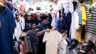 Mampir ke Pasar Ular Plumpang, Yusril Ihza Mahendra Belanja Baju dan Minum Es Tebu