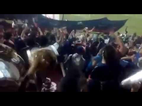 """""""Hinchada de Güemes de Sgo del Estero"""" Barra: Los Pibes • Club: Güemes"""
