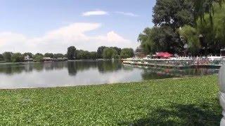 Video : China : QianHai, HouHai 什刹海 and NanLuoGuXiang 南锣鼓巷 BeiJing - video