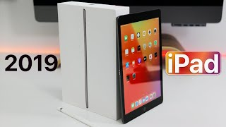 2019 iPad (7th Gen) - Unboxing, Comparison and First Look