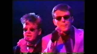 MADNESS LIVE ON THE TUBE 'TOMORROWS DREAM'. FEB 1983.