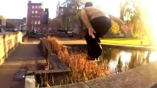 preview picture of video '|| The Autumn Run || Hull Parkour ||'