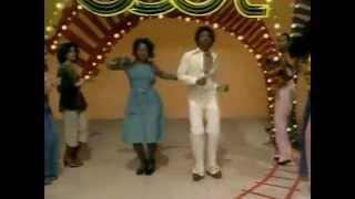 Soul Train Line 1976 (Archie Bell & the Drells - Let's Go Disco)