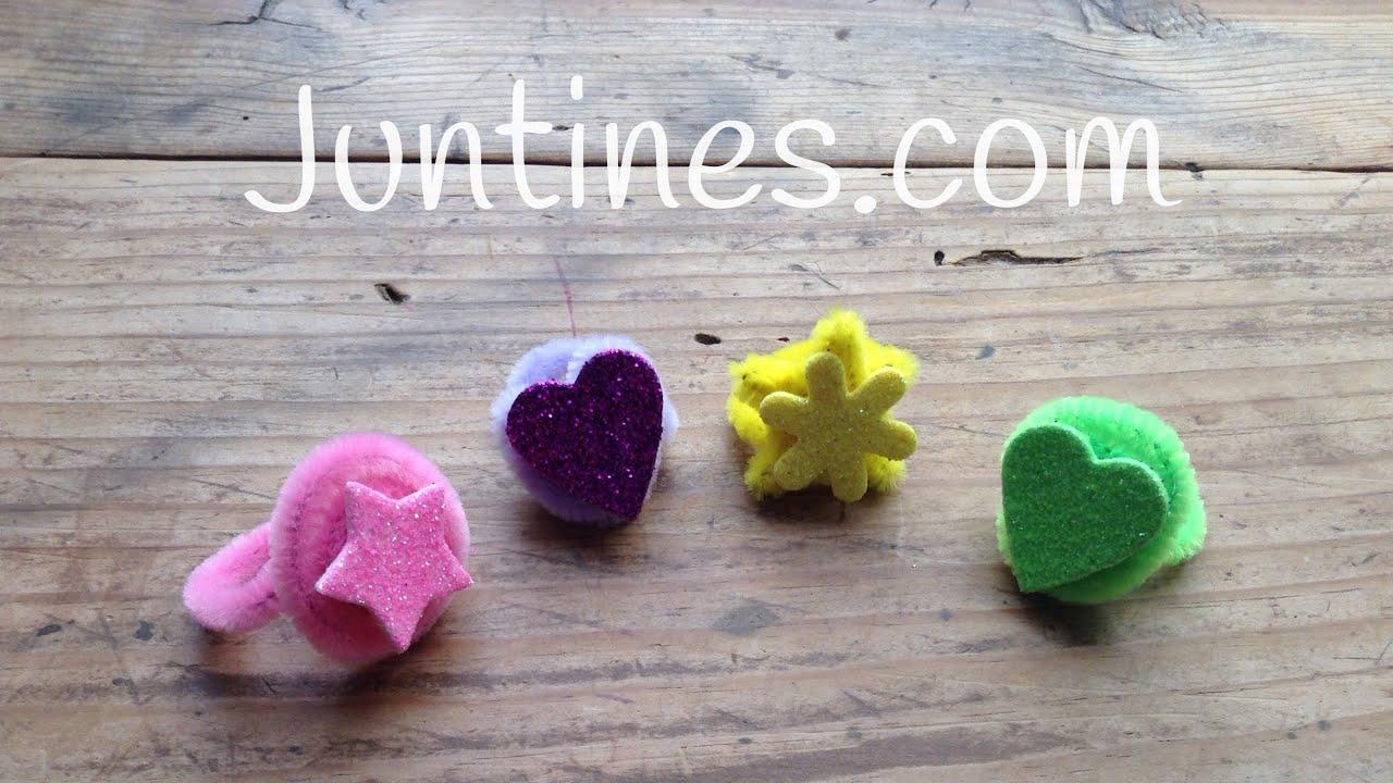 Bonitos y divertidos anillos hechos con limpiapipas