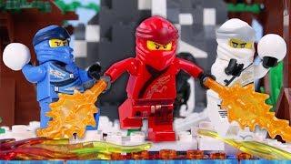 LEGO Ninjago Snowball War! STOP MOTION LEGO Ninjago Christmas Battle   LEGO Ninjago   Billy Bricks