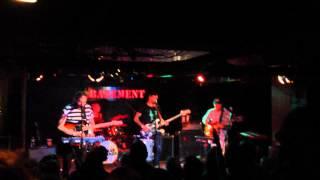 Bear Hands - The Bug (Live)