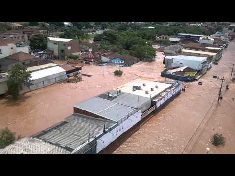 Enchente em Lencois Paulista Rodoviaria 2008