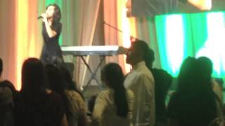 Over Overthinking you - Christina Grimmie Live in Manila 2014