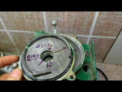 Водяной центробежный насос Кама-10. Разборка водяной камеры с крыльчаткой.