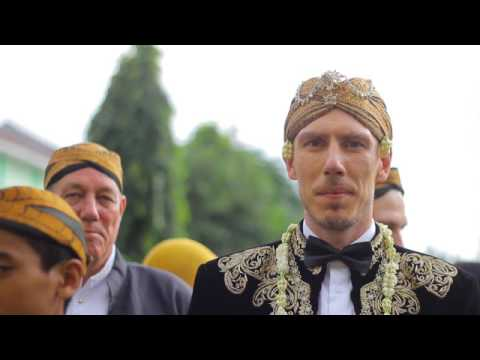 Javanese Traditional Wedding - Indonesia & Denmark (Highlight)