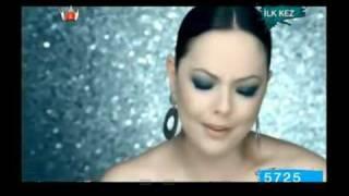 Ebru Gündes - Ölümsüz Asklar -Yepyeni Orjinal Klip 2009 - Sarki Sözleri Ile..