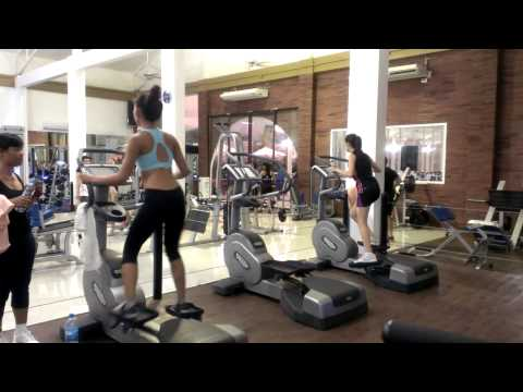 wave machine demonstrated AT Elite FITNESS in Chalong