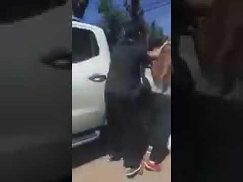Escándalo en El Peligro: el delegado municipal a las trompadas con vecinos
