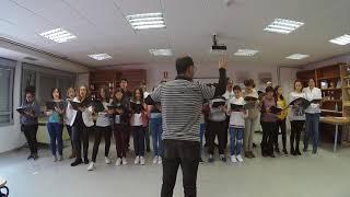 Concierto del coro del instituto por el Día de Juan de Padilla