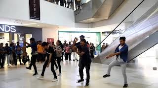 Shruthi '19  | CBIT  | Flash Mob | PVR Icon Next Galleria Mall | Madhapur
