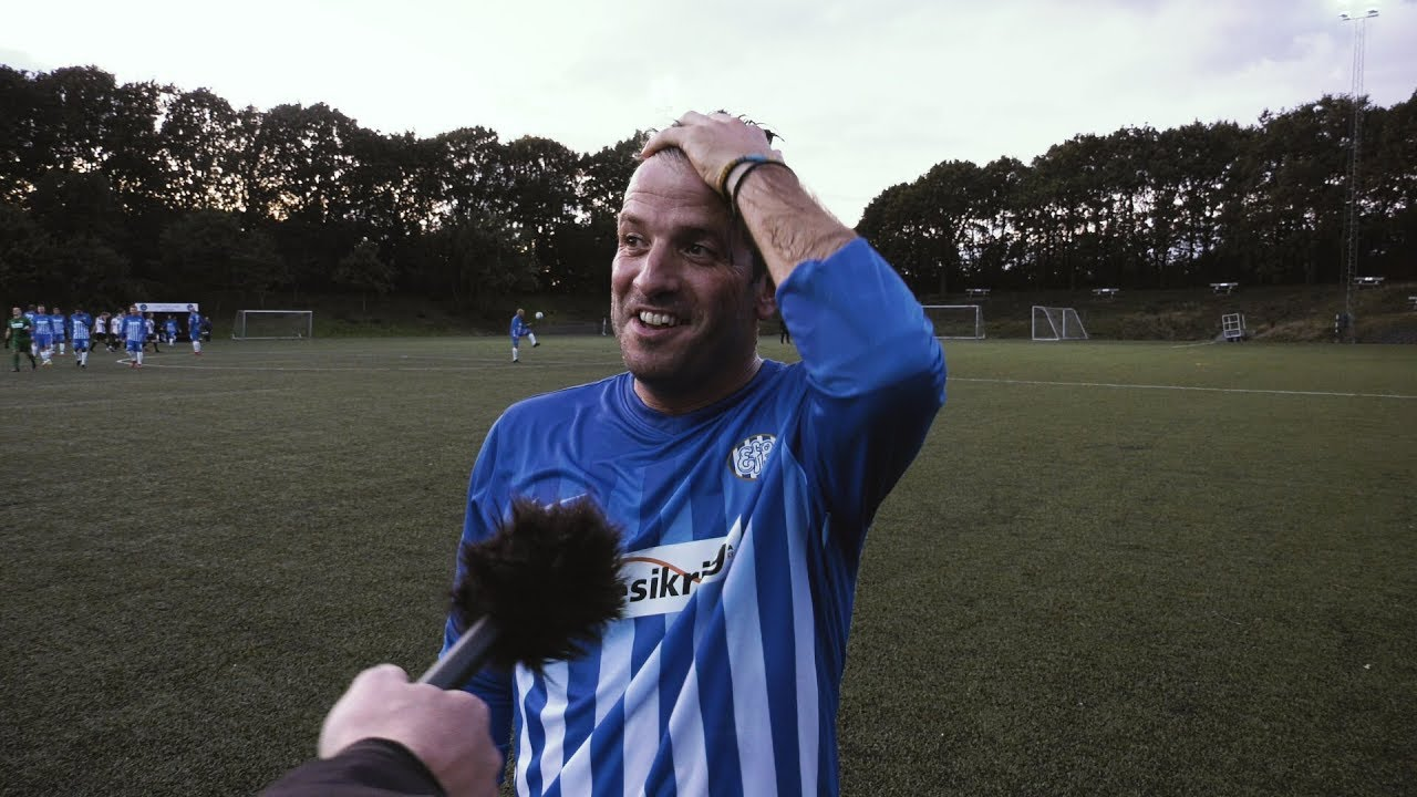 Se Rafael van der Vaart spille Serie 4