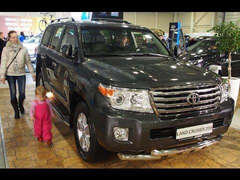 Toyota-Land-Cruiser-200-2014