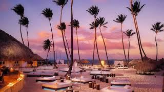 Картинка лето. Пляж, бунгало, облака, небо, лежаки, океан, пальмы | Picture summer. Beach, bungalow