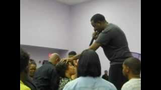 PRAISE BREAK DURING ALTAR CALL @THE 2012 J-SQUAD YOUTH EXPLOSION