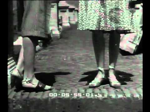 La pagina della donna: scarpe d'oggi.