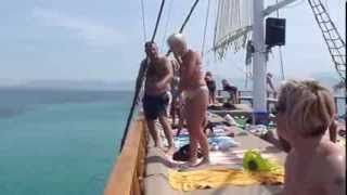 preview picture of video 'Holiday Fun with Boat Tours Enjoy Altinkum Holidays at Cheap Prices'
