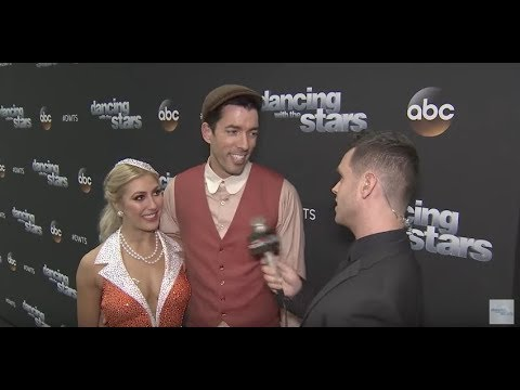 On the Red Carpet at Dancing With The Stars – WEEK 10