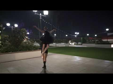Nutcracker Grand Pas de Deux, at Hotel Del dancers Stephanie Maiorano & Tonatiuh Gomez, choreography Javier Velasco