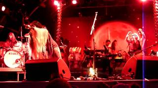 Bat For Lashes-Glass Live @ Somerset House 16/7/2009           ( whole song )