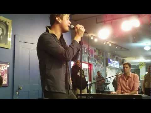 Keane - Everybody's Changing (Acoustic) - Live at Amoeba Records in San Francisco