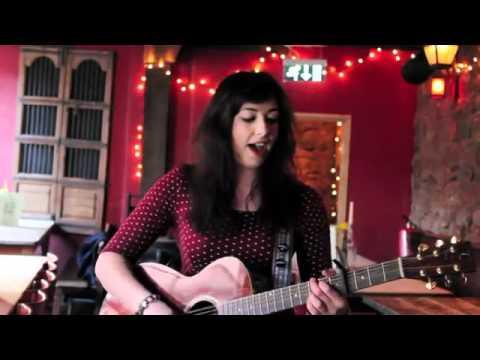 Lindsay Sings Video