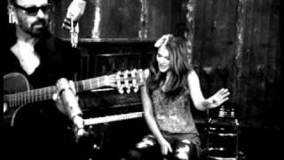 Lonely Without You (This Christmas) - Mick Jagger, Dave Stewart and Joss Stone