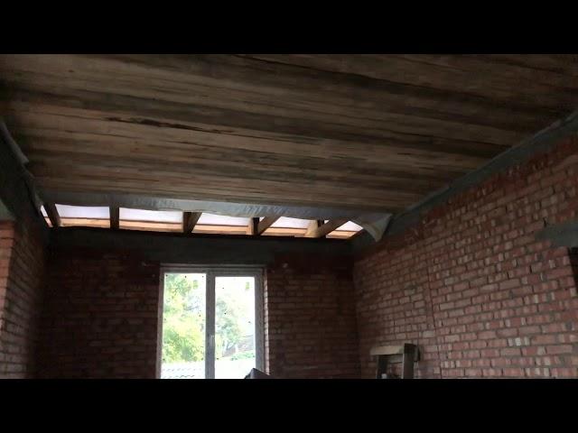 Завершена подшивка потолка.