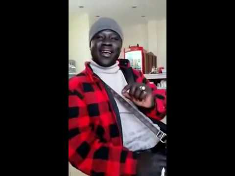 African guy sings Hindi song with male AND female voice. Awesome Hindi impression!!!