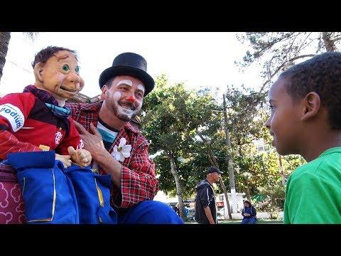 Conheça Ozair Pirilim e a arte da ventriloquia em Teresópolis