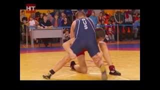 На Центральной спортивной арене состоялось открытое первенство области по вольной борьбе