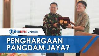 Fakta terkait Foto Pangdam Jaya Dudung Abdurachman yang Diduga Dapat Penghargaan dari China