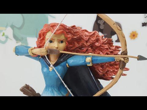 Disney Traditions by Jim Shore Princess Brave! Merida - The Brave