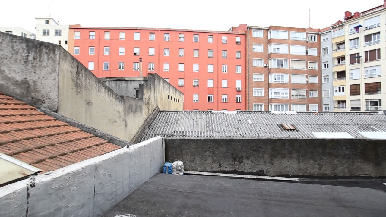 Rooms for rent in 4-bedroom apartment with terrace in Indautxu