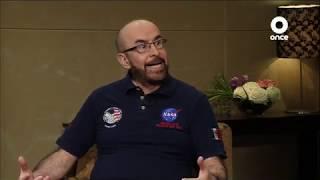 Conversando con Cristina Pacheco - Dr. Rodolfo Neri Vela