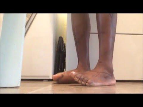 Fait mal le muscle plus haut genou chez lenfant