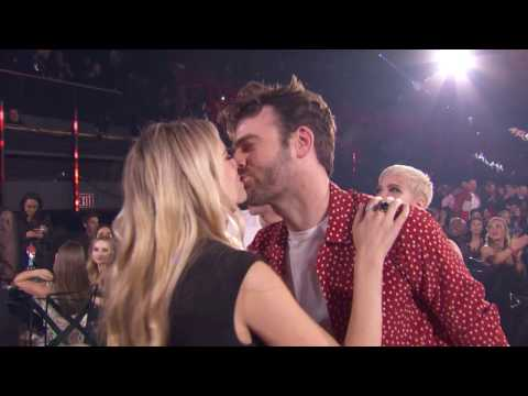 The Chainsmokers + Halsey Acceptance Speech