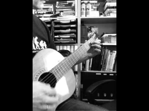 Practising G, C and D7 chords on classical guitar