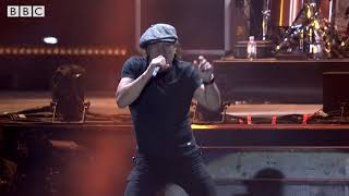 MUSE  Brian Johnson of AC/DC - Back In Black [Reading Festival 2017]